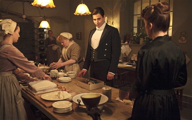The servants of Downton. Downton Abbey®. © Carnival Films / MASTERPIECE