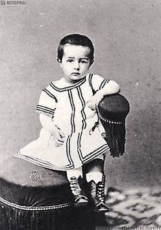 Photograph of Henri de Toulouse-Lautrec at approximately age 3.