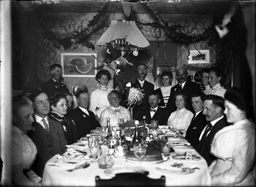 A Halloween dinner in Vermont, ca. 1900. The Poultney Historical Society.